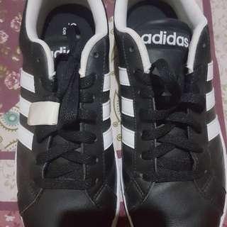 Brand New Adidas Neo Baseline