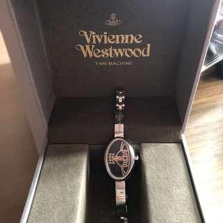 搬屋平讓‼️極新Vivienne Westwood 手鏈錶真品