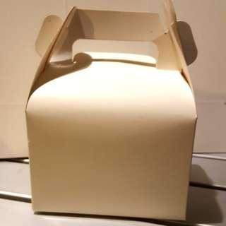 White paper box (packs of 5)