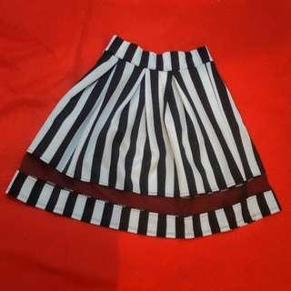 Skirt stripe, small