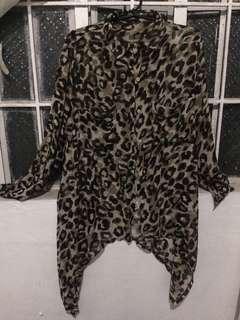 Animal print long sleeves