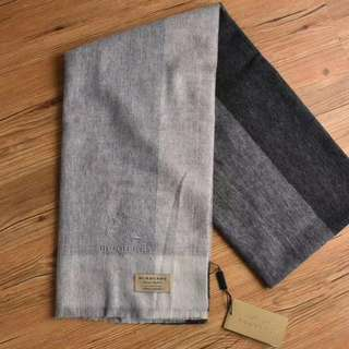 Burberry Cashmere Scarf Black with Grey
