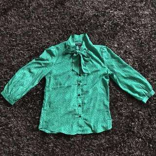F21 Green Bow Long sleeve