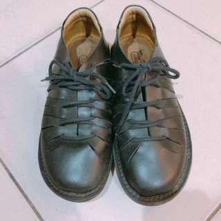 休閒鞋 25公分