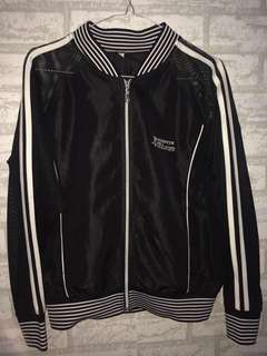 black jacket sport
