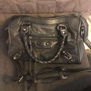 BALENCIAGA 巴黎世家黑色包包,高仿High Copy