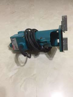 Makita 3700b hand trimmer