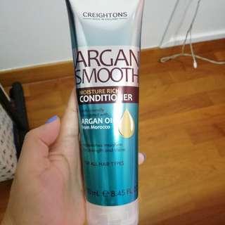 Moisture rich hair conditioner