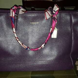 AUTHENTIC Coach City Large Tote in Saffiano Leather