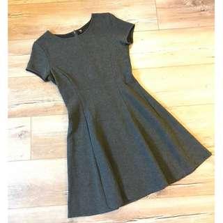 UNIQLO洋裝(灰)、購於日本🇯🇵
