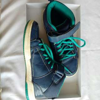 Blue-Tosca shoes by hnm