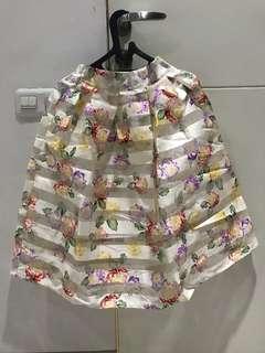Flowery skirt