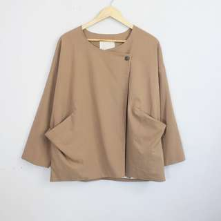 Light Brown Pocket Front Lightweight Blazer Topper Jacket