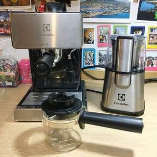 伊萊克斯 Electrolux // 義式咖啡機 EES1504K + 電動磨豆機 ECG3003S
