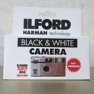Ilford XP2 Super B&W 35mm Disposable Camera - Single Use - ASA / ISO 400