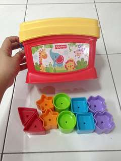 Fisher Price Shapes Activity Puzzle