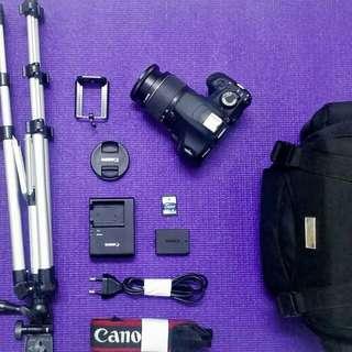 Canon EOS 1200D COMPLETE SET