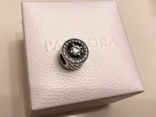 原價$699 全新 Pandora 閃耀復古 charm