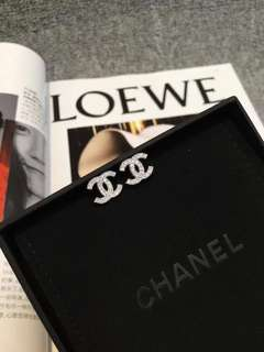 Chanel classic mini耳環