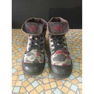 Palladium Gray/ Red/ Camo Boots