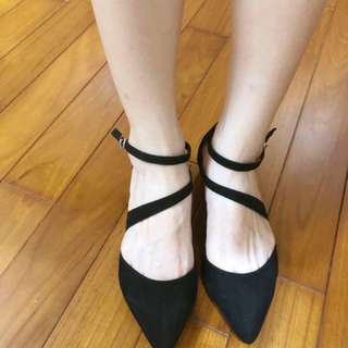 絨布黑低跟鞋