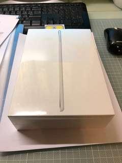 全新 未開封 銀色 silver iPad mini 4 WiFi 128 GB