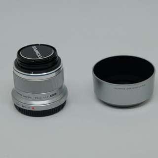 OLYMPUS 45mm f1.8附原廠遮光罩