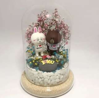 Customised order-Dry Flower Terrarium - Brown and Cony with dry baby breath in bell dome