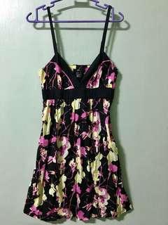 PRE-LOVED DRESSES