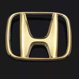 Honda Vezel / HRV gold emblem/logo