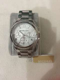 BNWT Authentic Michael Kors White Crystal MK5165
