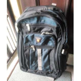 Laptop Rolling Bag (Traveller Vertical Backpack)