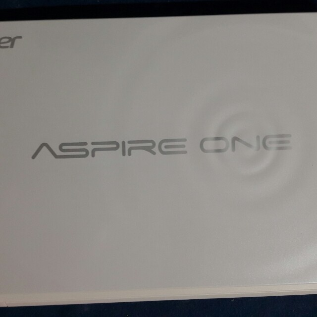 acer D270 10inch Notebook (withe)