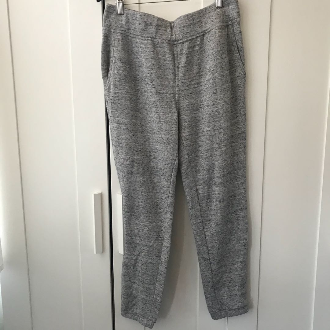 Aritzia Wilfred free sweatpants large