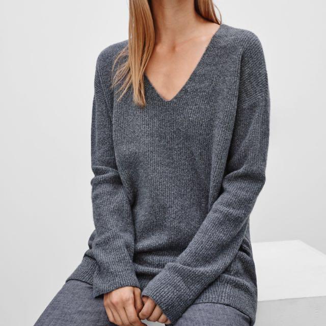Aritzia Wilfred Henon Sweater