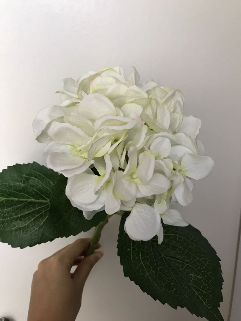 Artifical flowers white hydrangeas besar