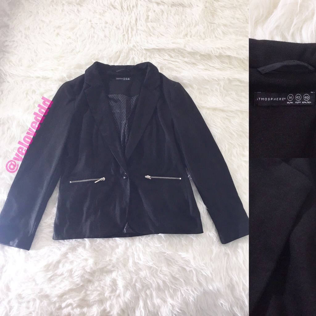 Atmosphere black zipper blazer