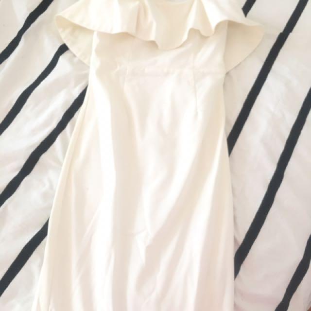 Bardot frill dress size 8 white ivory