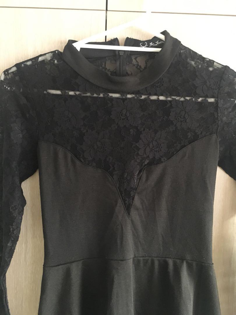 Black lace long sleeve mini dress size Small