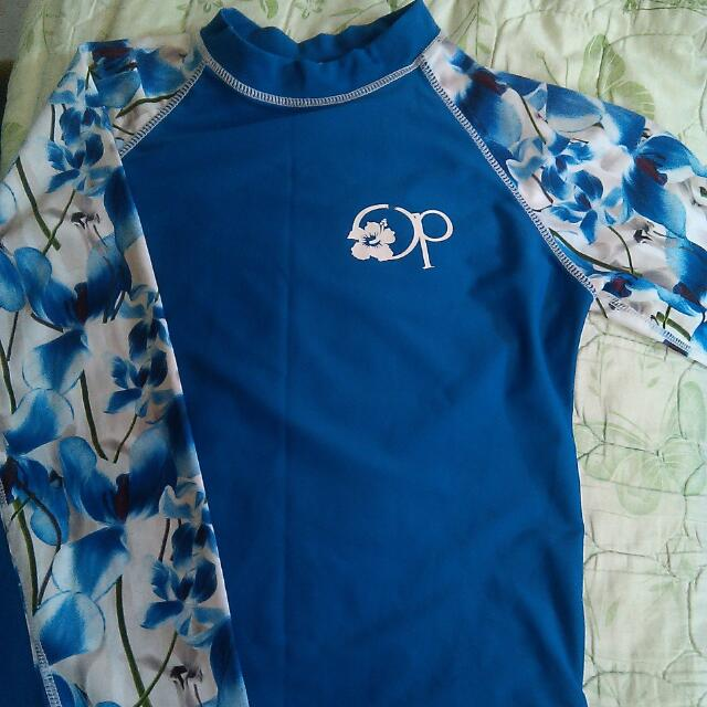 [CASH ON DELIVERY] Long Sleeved Rash Guard With Shorts