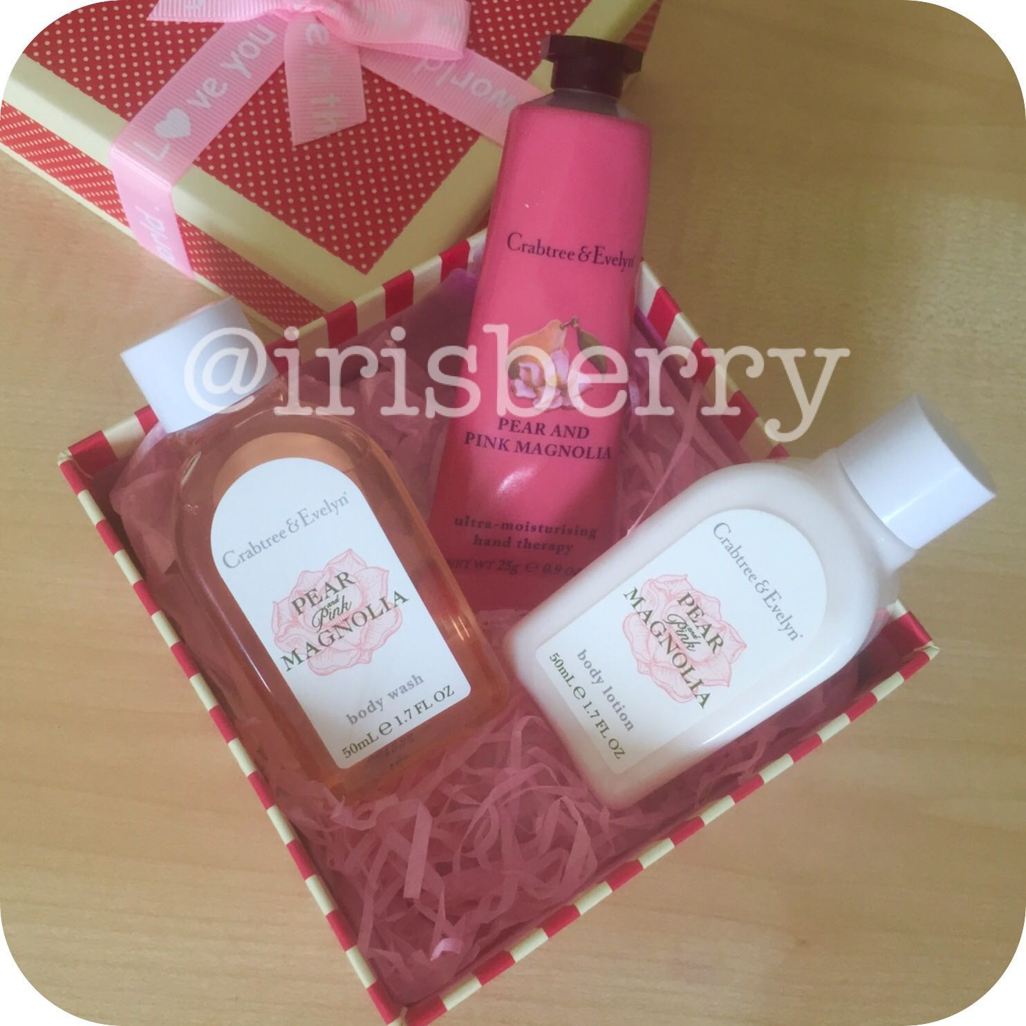 Crabtree & Evelyn Pear & Pink Magnolia Gift Set