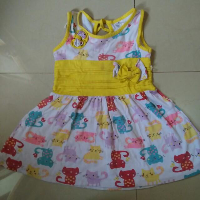 dress motif kucing