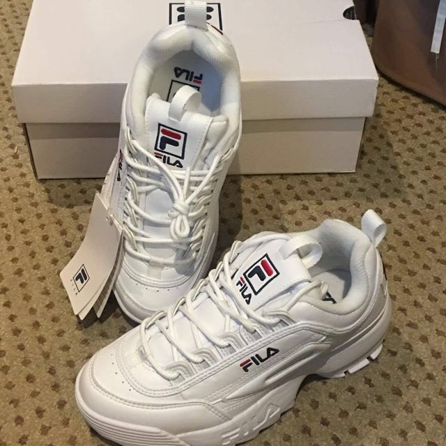 fake fila sneakers