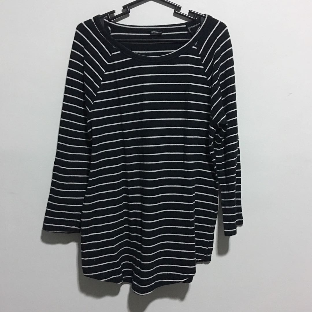 Forever 21 3/4 Top