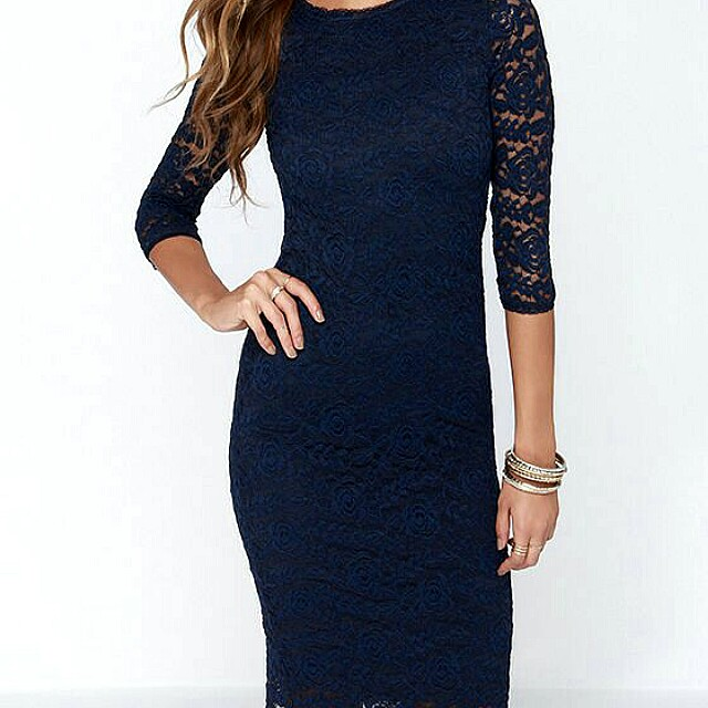 Forever 21 bodycon lace dress