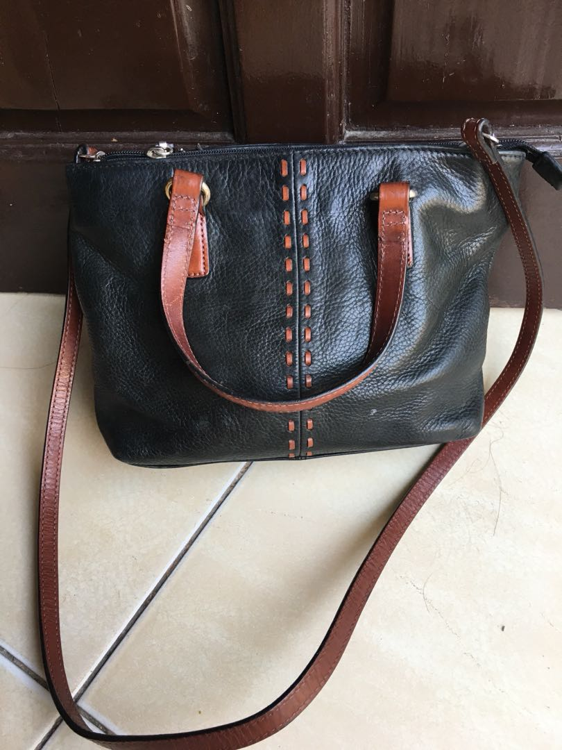 Fossil small bag genuine leather