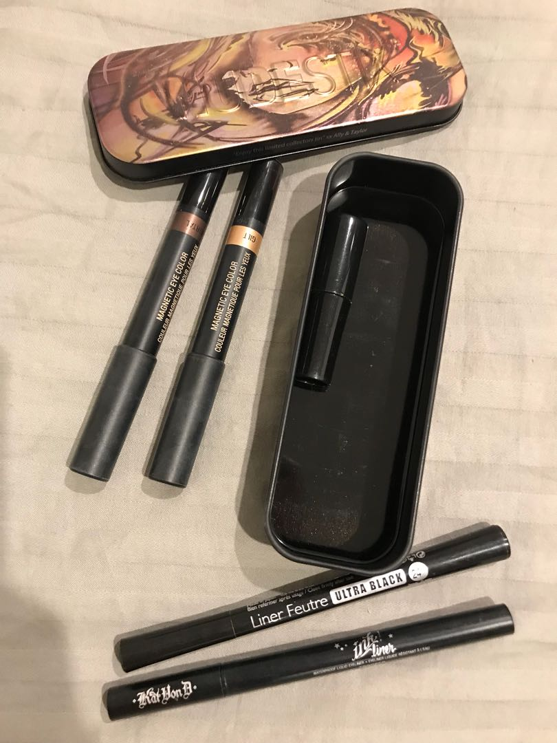 Golden Eye shadow + 2 Black eye-liners from top quality brand