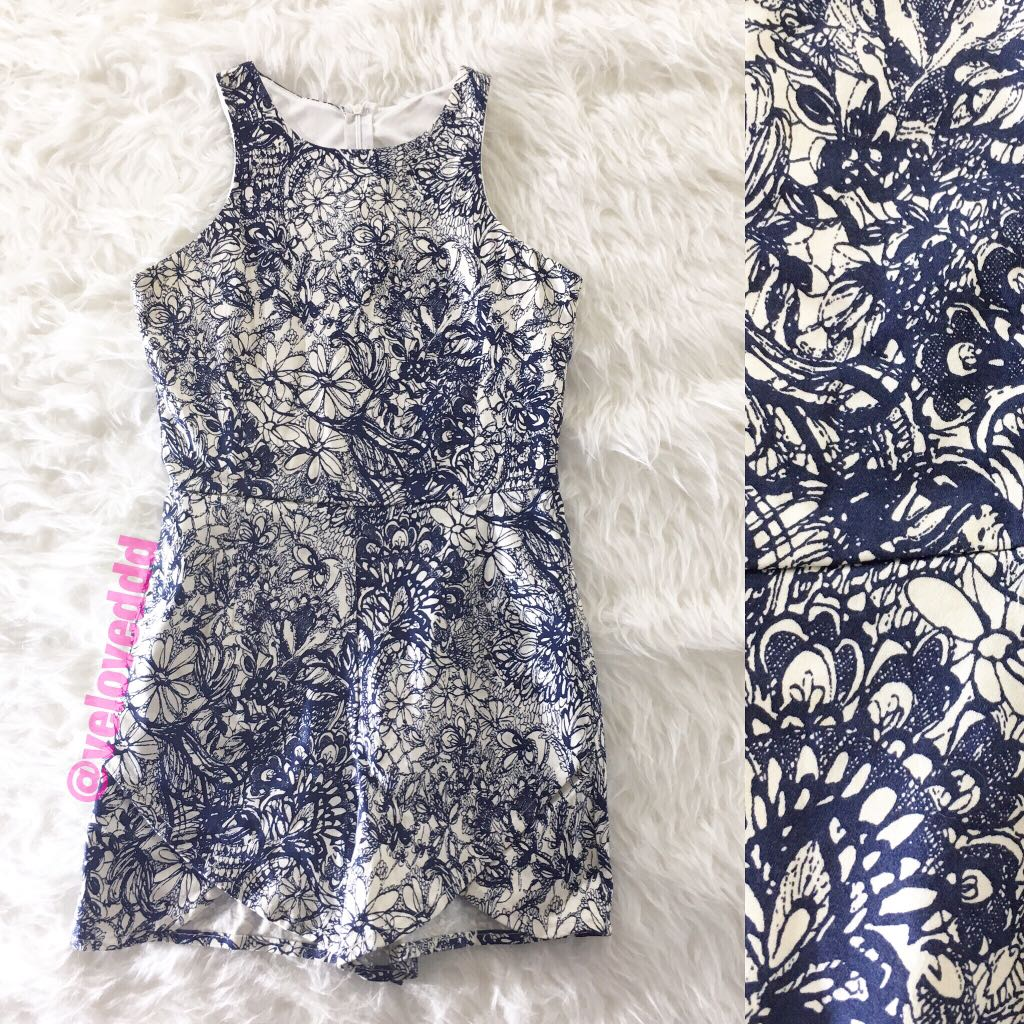 Korean navy white flo romper