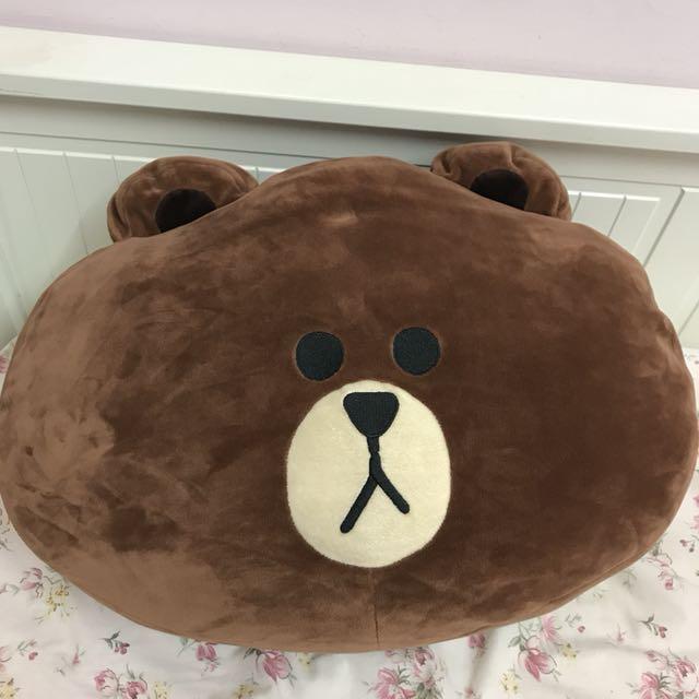 LINE FRIENDS 熊大大抱枕 娃娃