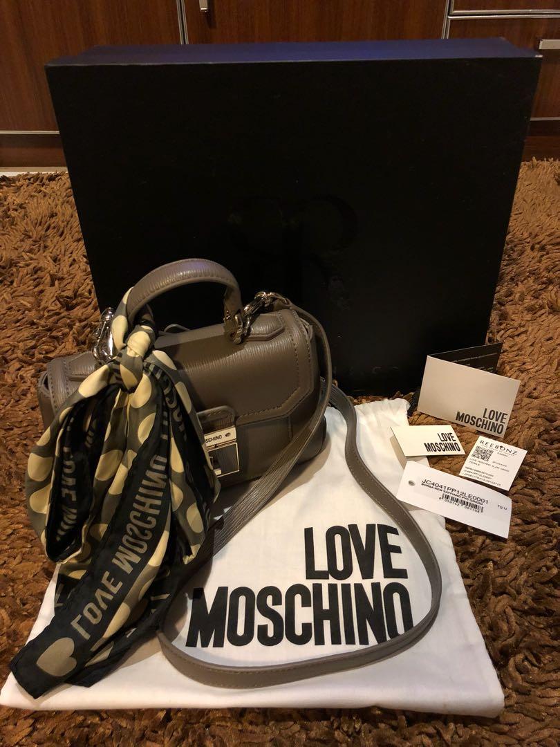 Love moschino original bag